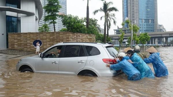 xe ô tô bị ngập nước